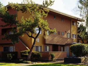 apts california: fairlakes