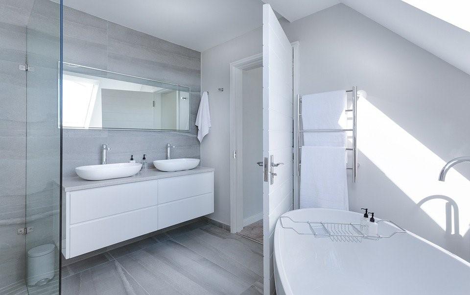 Modern Minimalist Bathroom, Bath, Bathtub, Luxury